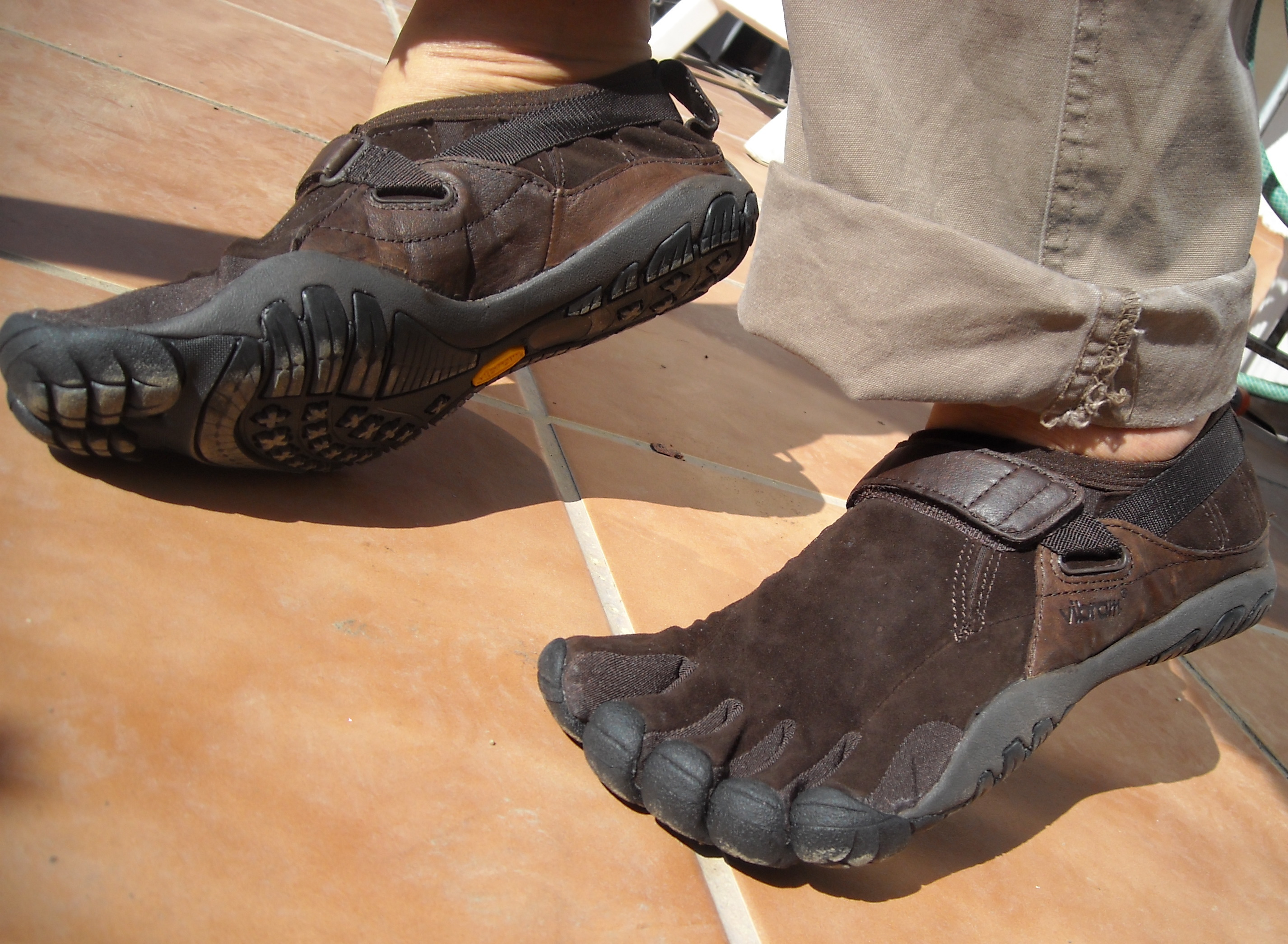 Vibram_FiveFingers_KSO_Trek_Brown